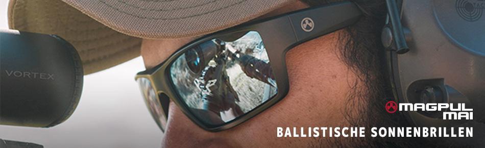 2020_041_R_Glasses.jpg